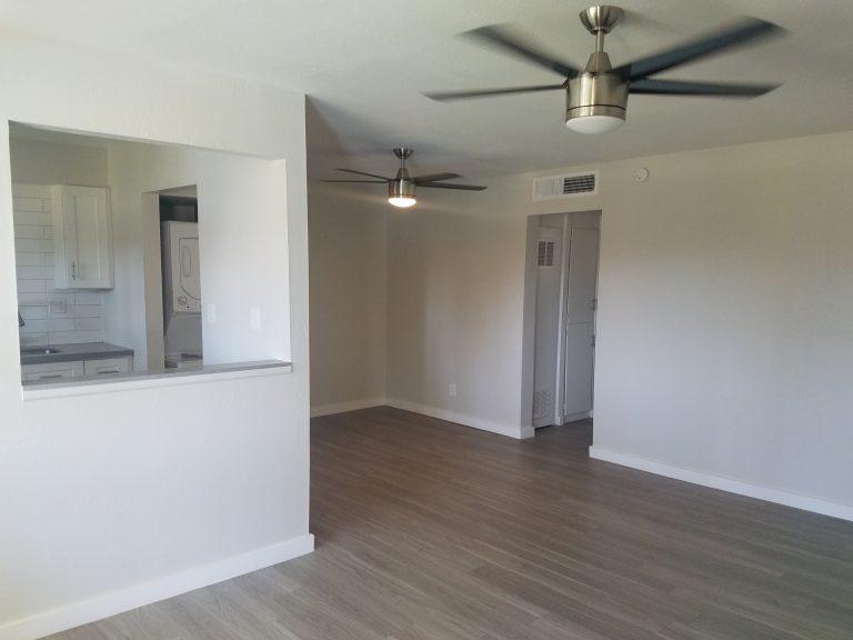 2 Bedroom Apartments in Uptown Phoenix AZ